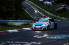 308 Racing Cup Team Altran 24H Nurburgring 2018 action avant gauche de nuit