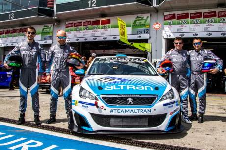 308 Racing Cup Team Altran 24H Nurburgring 2018 photo d'équipe