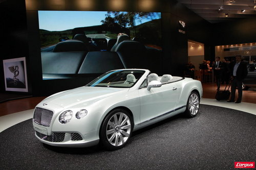 Bentley Continental GTC La Bentley Continental GTC s'offre un lifting