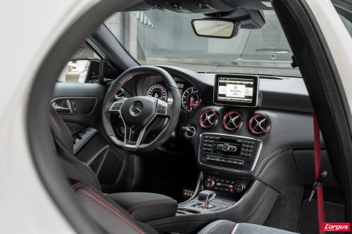 mercedes benz classe a 360 chevaux pour un 2 0 litres le meilleur rendement de la cat gorie. Black Bedroom Furniture Sets. Home Design Ideas