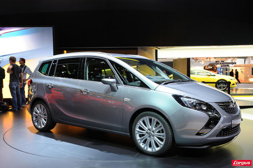 opel zafira tourer evolution logique salon de francfort 2011. Black Bedroom Furniture Sets. Home Design Ideas