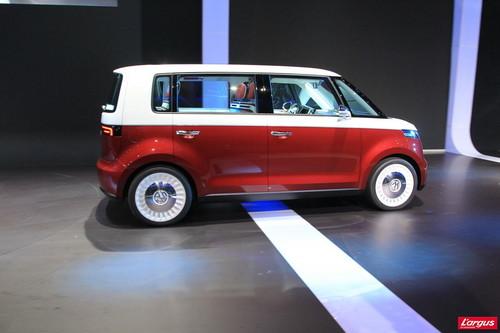 volkswagen bulli le nouveau combi concept cars salon de gen ve 2011. Black Bedroom Furniture Sets. Home Design Ideas