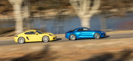Alpine A110 2018 vs Porsche Cayman 718