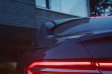 Audi tease son A8 : la voiture qui se gare toute seule