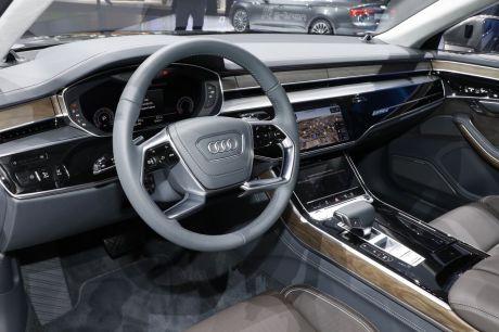 Audi A8 2017 salon de Francfort 2017 poste de conduite