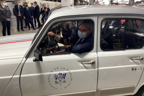 Renault 4 electric Xavier Bertrand