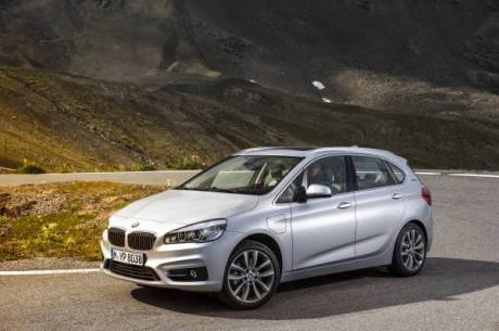 bmw 225xe 2016 le premier monospace compact premium plug in l 39 argus. Black Bedroom Furniture Sets. Home Design Ideas