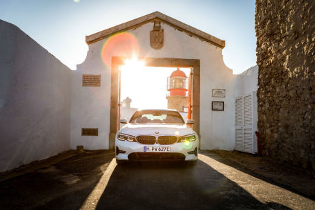 Nouvelle BMW 330e Berline : la Série 3 version hybride rechargeable