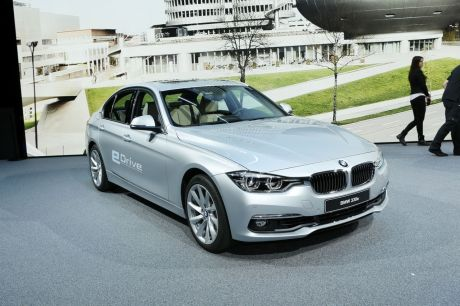 bmw 330e une hybride rechargeable priv e de six cylindres l 39 argus. Black Bedroom Furniture Sets. Home Design Ideas