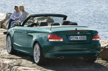 BMW Series 1 (E88) Cabriolet rear view