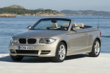 BMW Series 1 (E88) Cabriolet front view