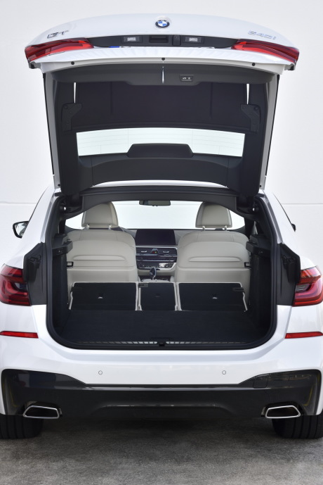 a bord de la bmw s rie 6 gran turismo l 39 argus. Black Bedroom Furniture Sets. Home Design Ideas