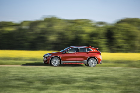 BMW X2 2018 M Sport orange filé gauche