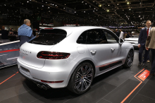 le bmw x4 face aux mercedes glc coup et porsche macan l 39 argus. Black Bedroom Furniture Sets. Home Design Ideas