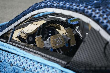 LEGO fabrique une Bugatti Chiron fonctionnelle tout en briques