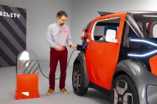 Concept-car Citroën AMI ONE 2019 batterie recharge borne en studio