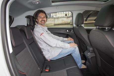 Peugeot 2008 places arrière