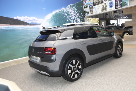 citro n cactus rip curl 2016 le cactus devient quasi suv. Black Bedroom Furniture Sets. Home Design Ideas