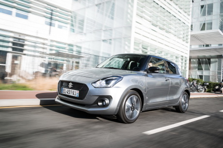 Suzuki Swift 2018 travelling avant gauche
