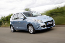 renault scenic pre-owned sales 8 years 2021