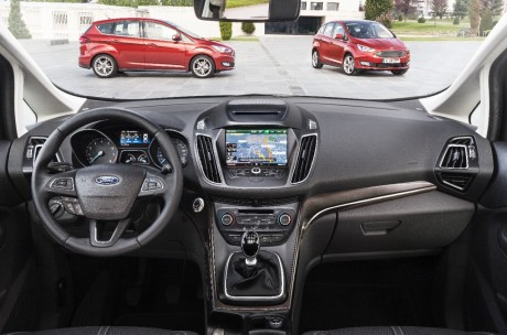 Ford d voile les prix du nouveau c max 2015 l 39 argus for Interieur ford c max