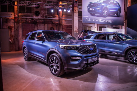 ford explorer le grand suv ford en europe des janvier  largus