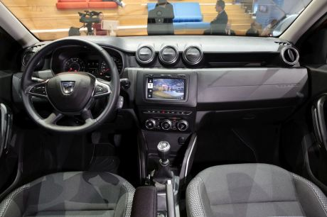 dacia duster 2017 nos premi res impressions bord du duster 2 l 39 argus. Black Bedroom Furniture Sets. Home Design Ideas