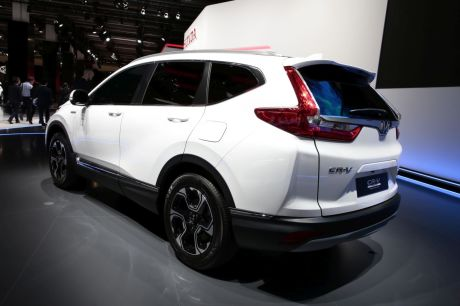 honda cr v hybrid concept le cr v passe l 39 hybride francfort l 39 argus. Black Bedroom Furniture Sets. Home Design Ideas