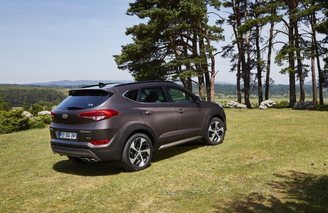 essai hyundai tucson 2 0 crdi 136 2015 un challenger exp riment l 39 argus. Black Bedroom Furniture Sets. Home Design Ideas