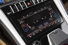 Lamborghini Urus vs. LM002