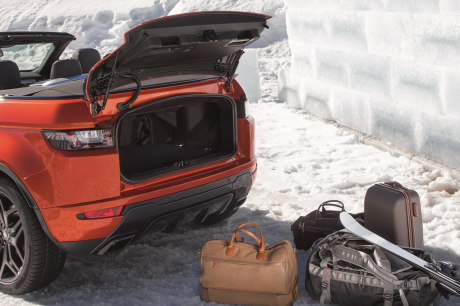 land rover evoque cabriolet premi res photos et vid o. Black Bedroom Furniture Sets. Home Design Ideas