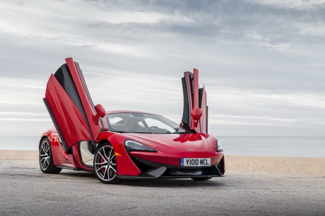 prix et quipements de s rie de la mclaren 570s l 39 argus. Black Bedroom Furniture Sets. Home Design Ideas