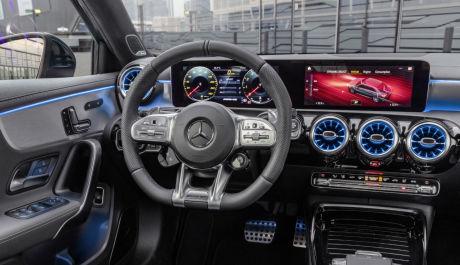 Mercedes A 35 AMG седан