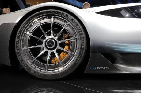 mercedes amg project one francfort 2017 roue