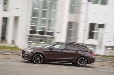 Mercedes D Vibre A L Arriere