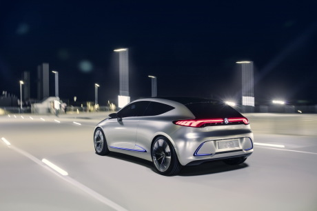 Un concept de compacte électrique à Francfort — Mercedes-Benz EQA