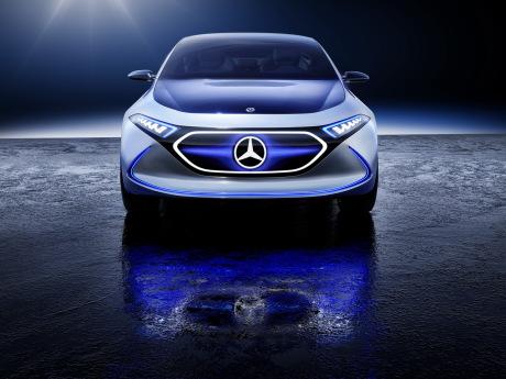 Mercedes lancera 50 modèles et versions électrifiées d'ici 2022