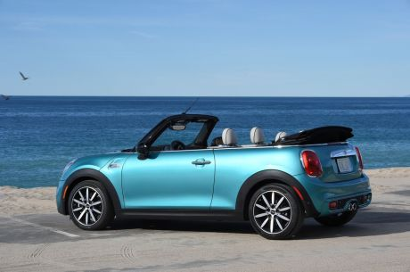 essai mini cabrio cooper s notre avis sur le cabriolet mini 2016 l 39 argus. Black Bedroom Furniture Sets. Home Design Ideas