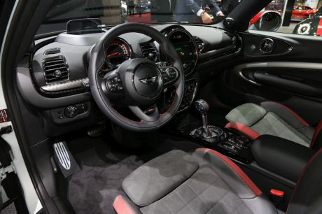 mini clubman john cooper works les tarifs d voil s au mondial l 39 argus. Black Bedroom Furniture Sets. Home Design Ideas