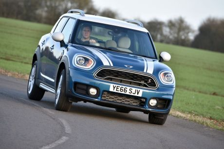 essai mini countryman cooper s all4 l 39 argus. Black Bedroom Furniture Sets. Home Design Ideas