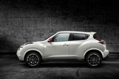 nissan juke nismo rs 2015 le plus turbulent des suv. Black Bedroom Furniture Sets. Home Design Ideas
