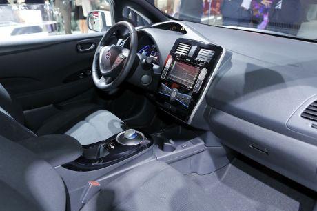 nissan leaf 30 kwh 250 km d 39 autonomie pour la leaf l 39 argus. Black Bedroom Furniture Sets. Home Design Ideas