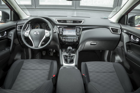 nouveau renault kadjar 2015 vs nissan qashqai premier match l 39 argus. Black Bedroom Furniture Sets. Home Design Ideas