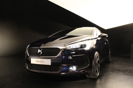 [SUJET OFFICIEL] DS 5 restylée (photos officielles p.16) - Page 10 Txt_nouvelle-citroen-ds5-restylee-2015-salon-geneve-33-_redimensionner