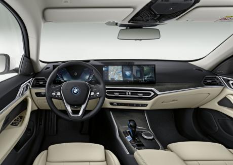 BMW i4 2021 Innenansicht