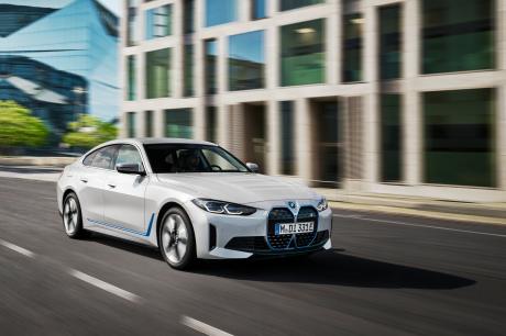 BMW i4 2021 Regelmäßige Show