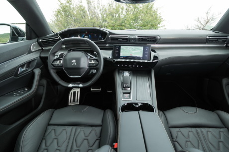 a bord de la peugeot 508 bluehdi 180 eat8 gt line l 39 argus. Black Bedroom Furniture Sets. Home Design Ideas