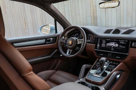 Tableau de bord Porsche Cayenne Turbo S E-Hybrid Coupe 2019