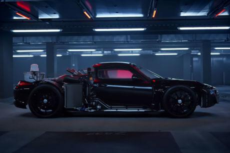 Porsche 918 Spyder rolling chassis