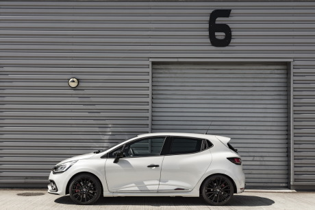 essai clio rs trophy 2016 un restylage sans d rapage l 39 argus. Black Bedroom Furniture Sets. Home Design Ideas